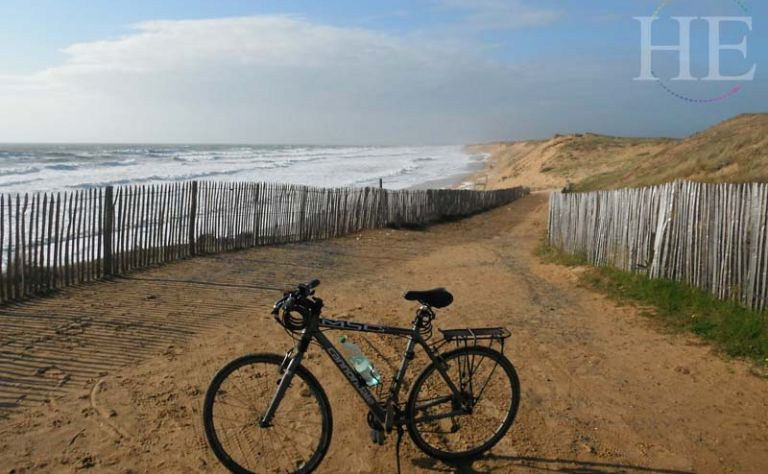 Atlantique: French Bike Tour - HE Travel Main Image